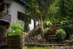 Двор - етно куќа Тео-Дор